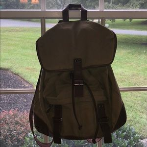 Army Green Bachpack